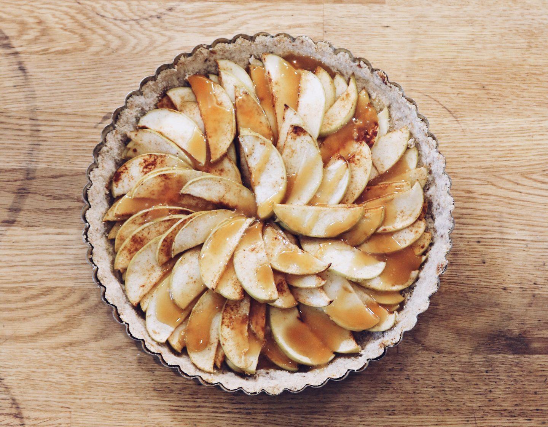 Caramel Apple Tart (gluten-free!)
